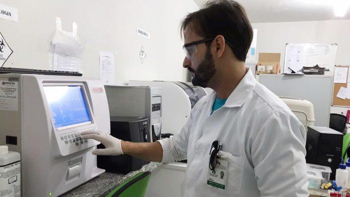 Laboratório que funciona dentro de aldeia potiguara na Paraíba pode ser desativado por questões orçamentárias — Foto: Acervo Pessoal / Mário César da Fountora